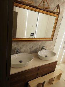 kupatilski nameštaj sa dva lavaboa