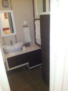 kupatilski nameštaj u kompletu